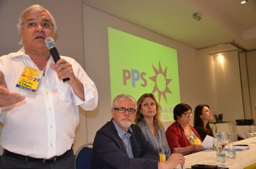 PPS elege Odone presidente e aprova moção de apoio a Eduardo Campos