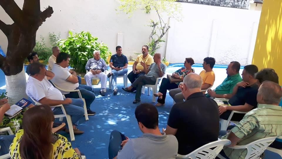 Reunião do diretório Estadual do PPS23 - Partido Popular Socialista Sergipe, em seguida almoço com os companheiros!