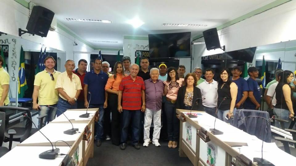 O presidente Estadual do PPS23, Clovis Silveira II dá posse ao novo diretório municipal de Campo do Brito que reelegeu Roque presidente!