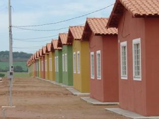 PPS consegue escritura de graça para população de baixa renda de todo o país