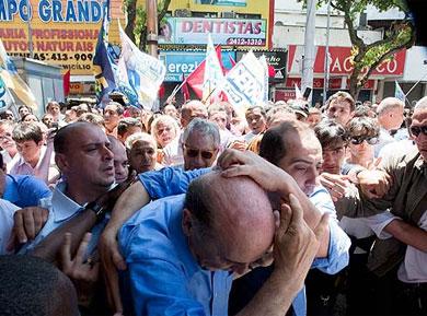 Para o PPS, agressão contra Serra é reflexo de discurso fascista de Lula e do PT