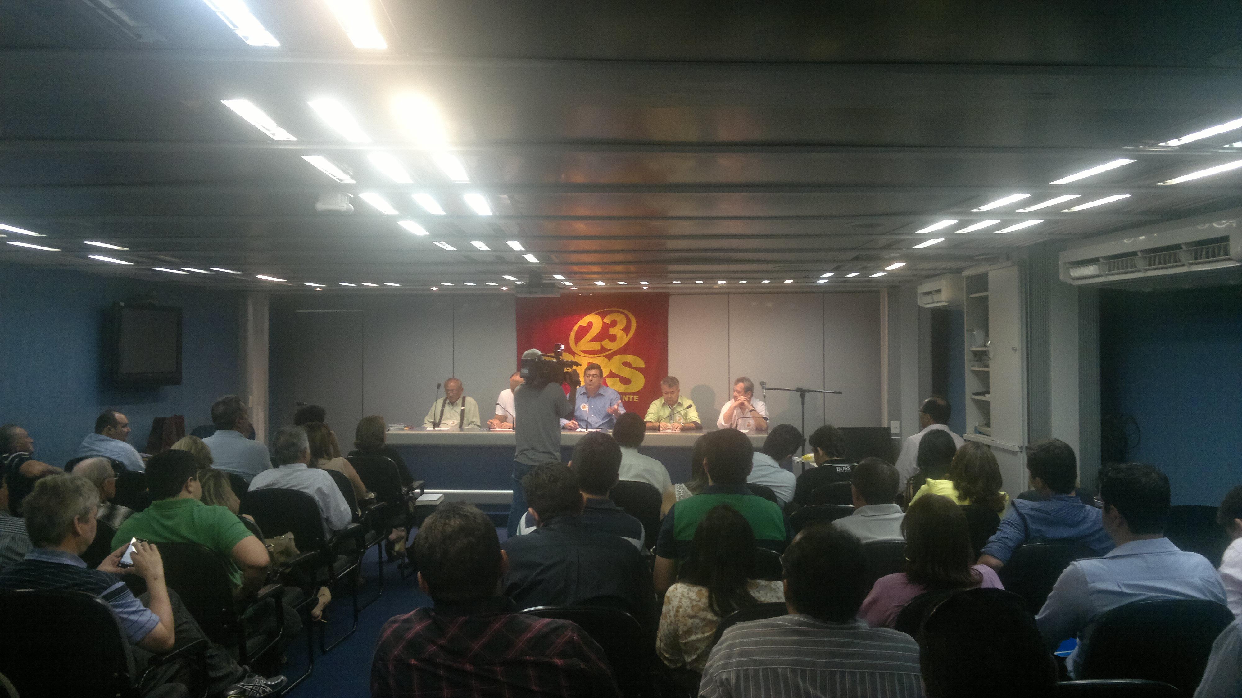 PPS Ceará comemora filiação de deputados Tomaz Holanda e Gomes Farias